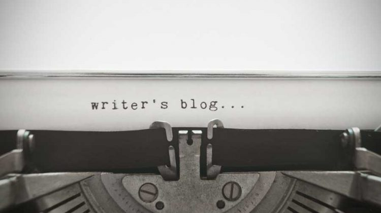 11 Blogging Ideas and Topics For Writers